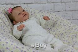 Bebê reborn kit Sanya Gudrun Legler com mohair Delta Dawn premium pronta entrega