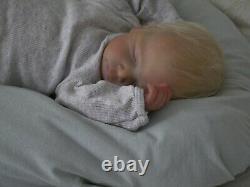 Doves Nursery Realistic Reborn Newborn Baby CAYLE Olga Auer COA