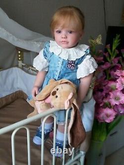 Hyper-realistic baby Sally, set by Regina Swialkowski /art Lydia Lebedeva