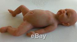 IVITA Reborn Baby Doll 18inch Realistic Silicone Reborn Baby can take a pacifier