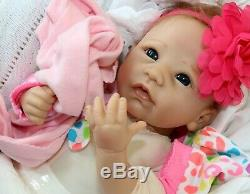 PRETTY LIKE MOM! Newborn Baby Girl 18 Lifelike Collectors Doll + 2 Outfits