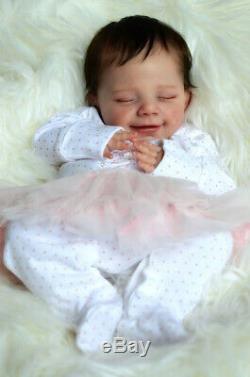 Realistic Reborn Doll Kits Unpainted Silicone Baby Eyes Closed Reborn Kits DIY