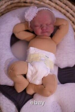 Silicone Aslyn Sculpt Reborn Cuddle Baby