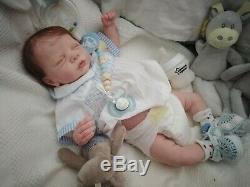 Tracyslittletreasures baby BOY ROMY LE GUDRUN LEGLERANATOMICALLY CORRECT